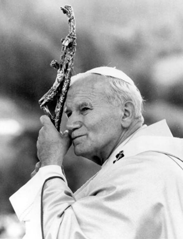 Pope John Paul II - 01-710804
